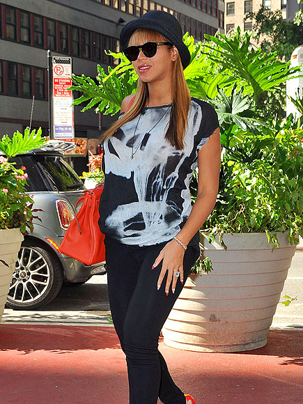 CASE CLOTHED  photo   Beyonce Knowles