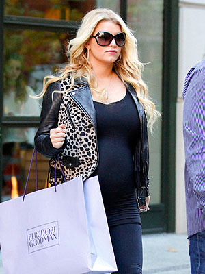 Star Tracks: Star Tracks: Tuesday, October 25, 2011 | Jessica Simpson