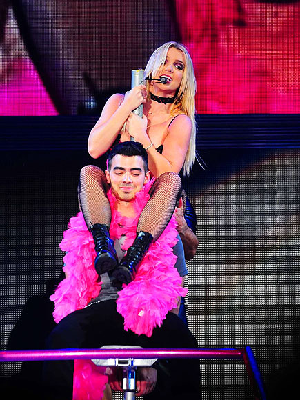 CENTER STAGE photo | Britney Spears, Joe Jonas