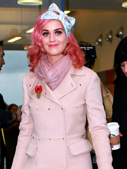 PRETTY IN PINK photo | Katy Perry