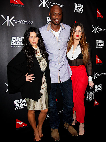 FEELING 'DOWN UNDER' photo | Kim Kardashian, Kourtney Kardashian