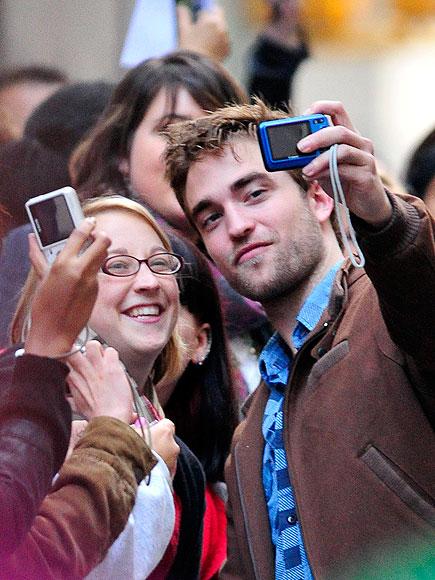 ZOOM ZONE photo | Robert Pattinson