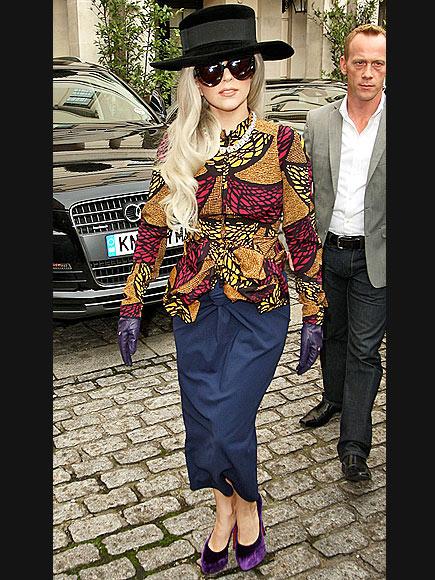 SHE'S 'HAT' STUFF  photo   Lady Gaga