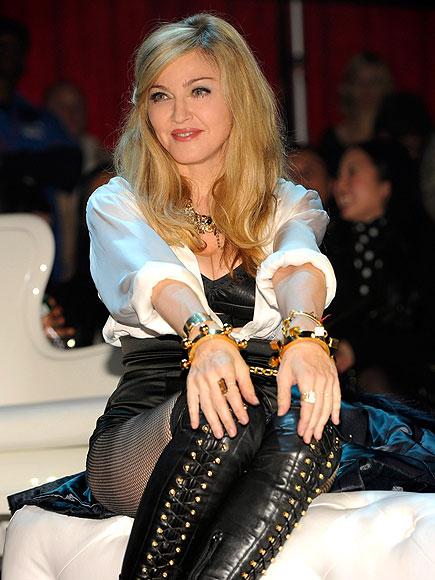 FEEL THE BEAT  photo | Madonna
