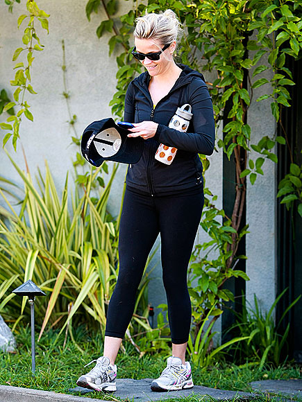 SCENE STEELER  photo   Reese Witherspoon