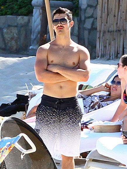 BEACH BOY  photo | Joe Jonas