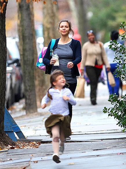 MOMMY & ME  photo | Maggie Gyllenhaal