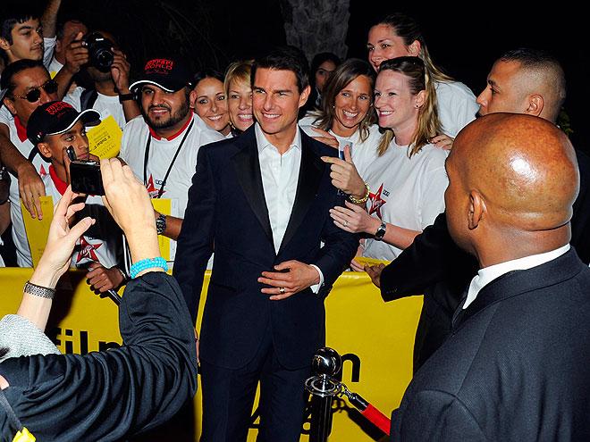 FAN MALE  photo   Tom Cruise