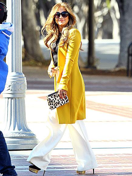COLOR BLOCK  photo   Jennifer Lopez
