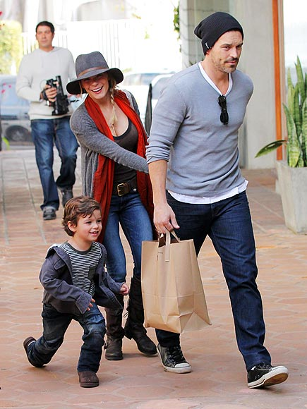 HOLIDAY HIGH JINKS photo | Eddie Cibrian, LeAnn Rimes