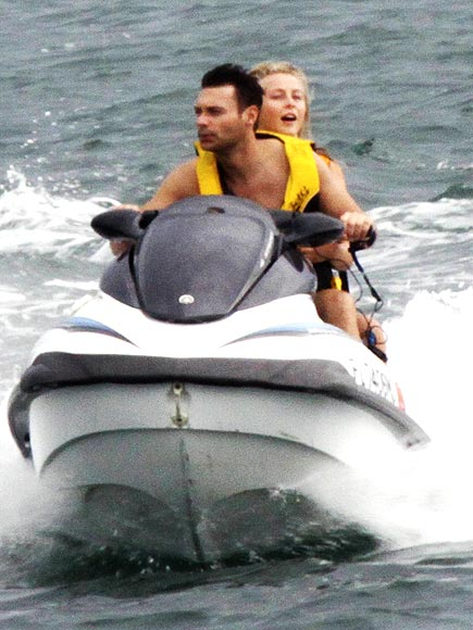 RYAN SEACREST & JULIANNE HOUGH photo | Julianne Hough, Ryan Seacrest