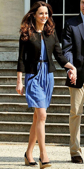 ANYTHING BUT BLUE photo | Kate Middleton