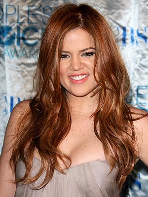 Khloe Kardashian Dyes Red Hair