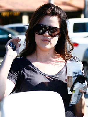 Khloe Kardashian Dyes Her Hair Back to Brown