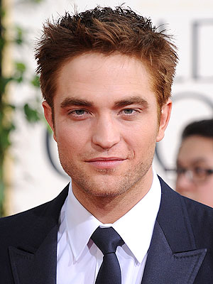 Robert Pattinson Dyes Hair Red! 