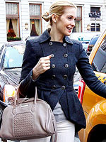Kelly Rutherford Launches Handbags with QVC