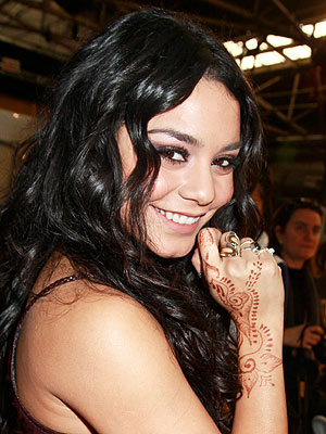 Vanessa Hudgens Tattoos are Henna from Disney World