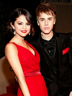 selena gomez and justin bieber 2011 march. Justin Bieber Selena Gomez