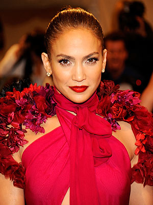 Win a Chance to Meet Jennifer Lopez from HSN!