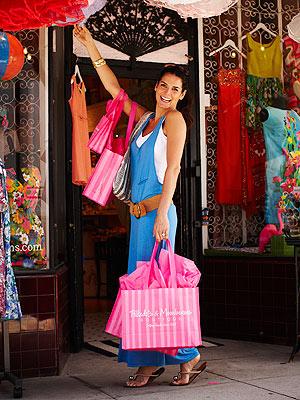 Angie Harmon Shopping Style