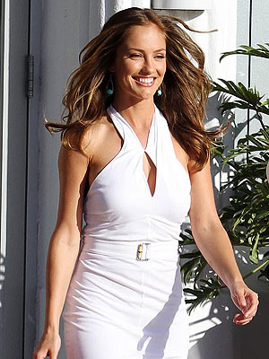 Minka Kelly's Charlie's Angels Wardrobe