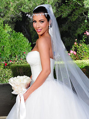 Kim Kardashian 39s Wedding Hair and Makeup All the Details