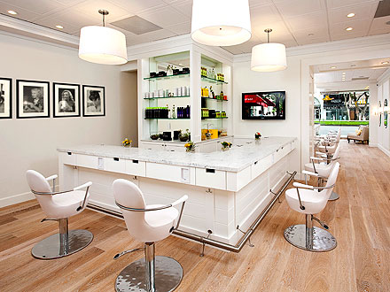 Drybar on Entourage