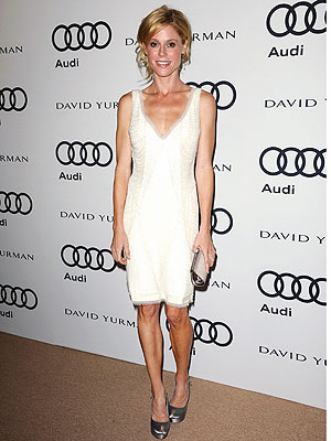 Julie Bowen Emmys Dress