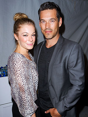 LeAnn Rimes, Eddie Cibrian Fashion Week