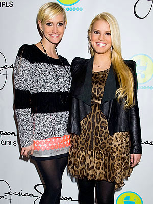 Jessica Simpson, Ashlee Simpson