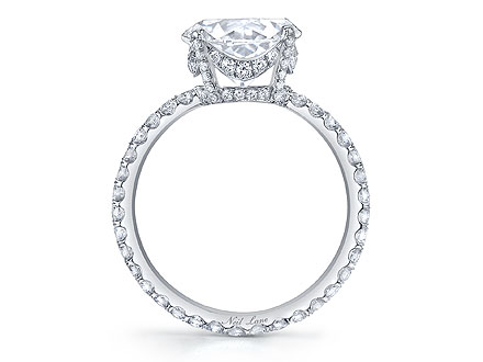 britney spears 2 440x330 Britney Spears's 'Princess' Engagement Ring: All the Details!
