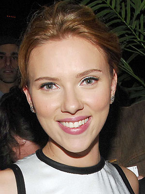Scarlett Johansson: No Makeup in We Bought a Zoo