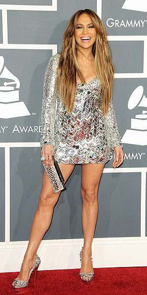 JENNIFER LOPEZ LOVES HER LEGS photo | Jennifer Lopez