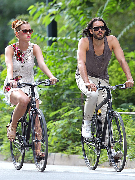 RUSSELL & KATY SPIN THEIR WHEELS photo | Katy Perry, Russell Brand