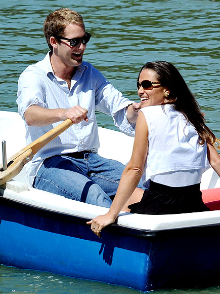 SHOWBOATING photo | Pippa Middleton