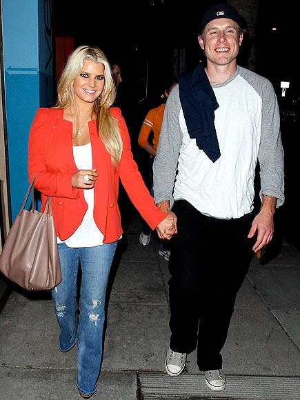 DINNER DATE photo | Eric Johnson, Jessica Simpson