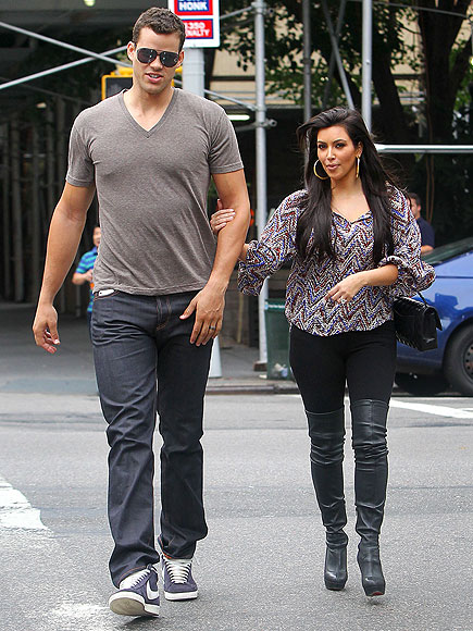 HITTING THE BAR photo | Kim Kardashian, Kris Humphries