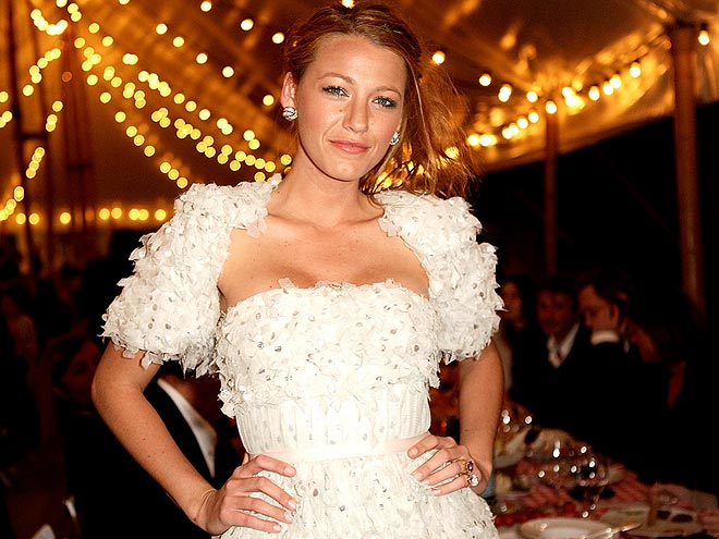 GOLDEN GIRL photo | Blake Lively