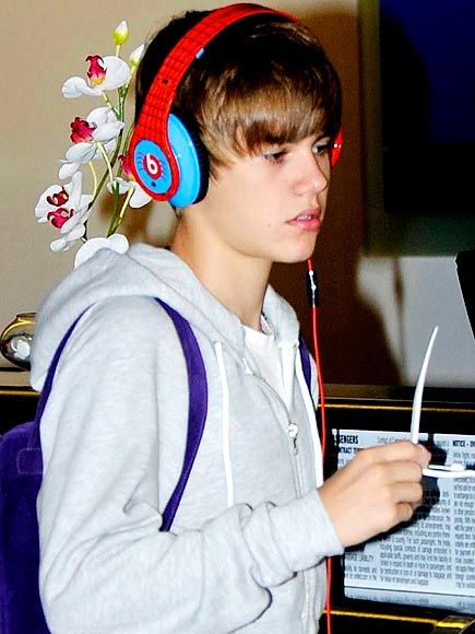 justin bieber beats by dr dre. BEATS BY DR. DRE HEADPHONES