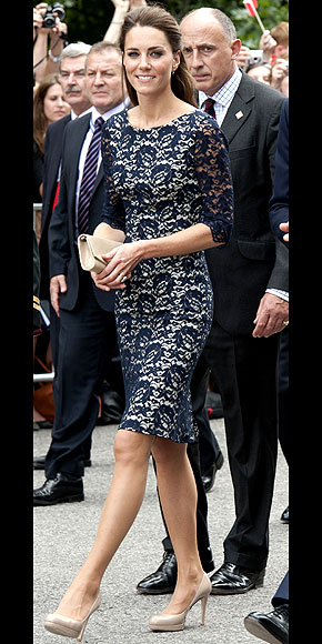 NAVY APPEAL photo | Kate Middleton