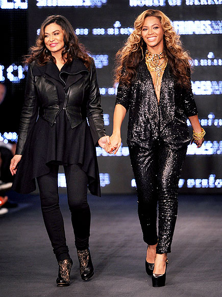 TINA & BEYONCÉ KNOWLES photo | Beyonce Knowles, Tina Knowles