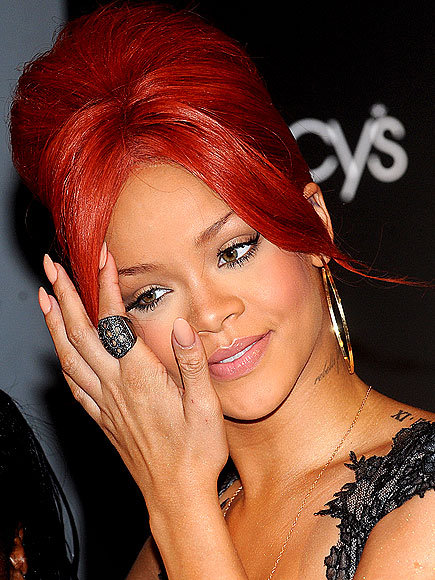 NEW NUDE photo | Rihanna
