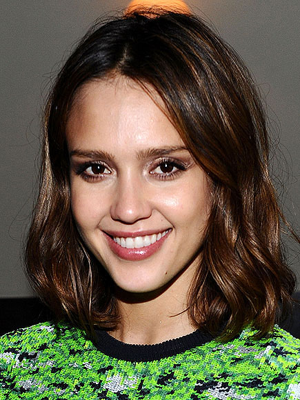 JESSICA ALBA&#39;S ROVING EYE-CREAM photo | Jessica Alba