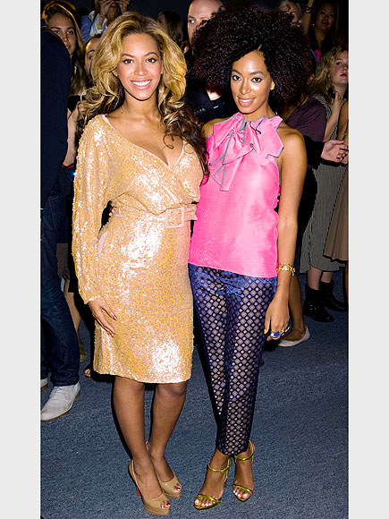 BEYONCÉ & SOLANGE KNOWLES photo | Beyonce Knowles, Solange Knowles