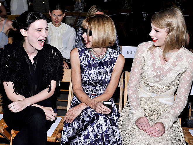 RODARTE FRONT ROW photo | Anna Wintour, Rooney Mara, Taylor Swift