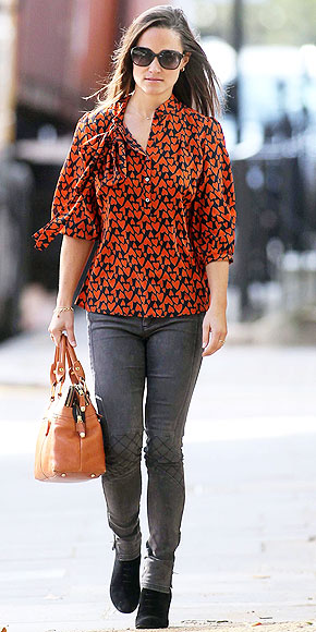 ALL BUTTONED UP photo | Pippa Middleton