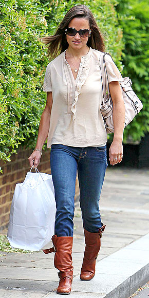 NOT SO NEUTRAL   photo | Pippa Middleton