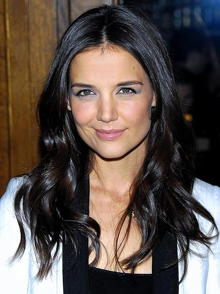SEXY WAVES photo | Katie Holmes