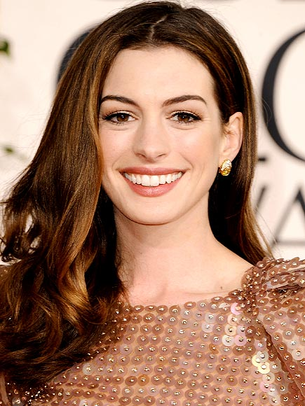 ANNE HATHAWAY&#39;S HAIR photo | Anne Hathaway