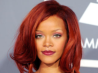 Grammy 2011 Beauty in 4 Steps | Rihanna